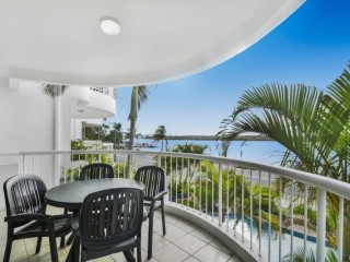 The Landings - Endless Water Views, Top Location