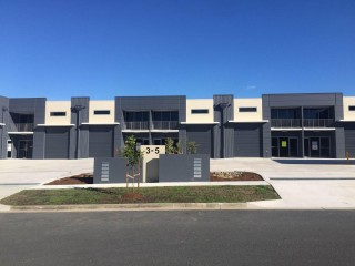 QUALITY INDUSTRIAL UNIT  CALOUNDRA WEST