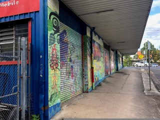Warehouse space in the center of Nambour