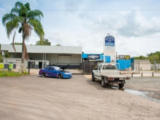 Ex Ray Grace Truck Centre is available to purchase!