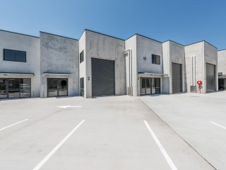 Stylish New Showroom/Warehouse For Lease Gateway Dr, Noosaville