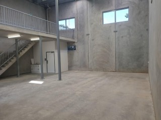 BRAND NEW INDUSTRIAL UNIT - ONLY 5 UNITS REMAIN