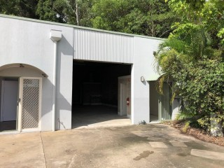 SMALL INDUSTRIAL UNIT KUNDA PARK