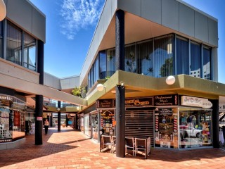 AFFORDABLE STREET FRONTAGE OFFICE/RETAIL SPACE